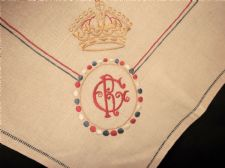 ANTIQUE PURE LINEN TABLECLOTH EMBROIDERED RED WHITE BLUE KING GEORGE V 1911 GR